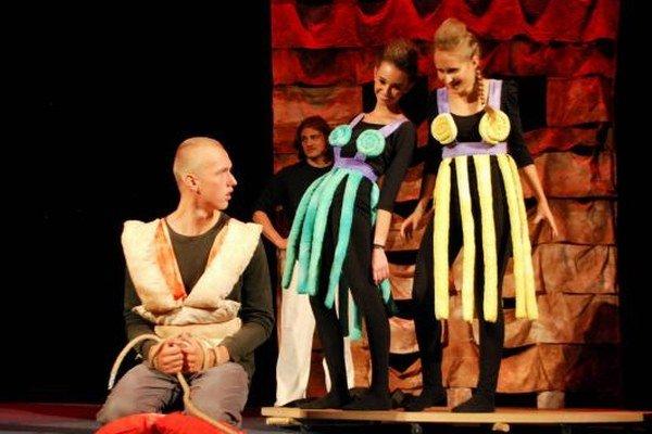 Divadelný festival.