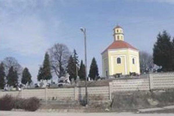 Na cintoríne v Holíči pribudnú nové hrobové miesta.