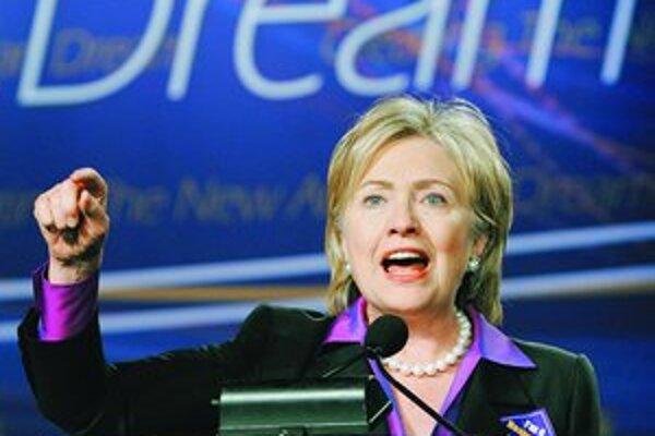 Hillary počas prejavu o reforme zdravotníctva.
