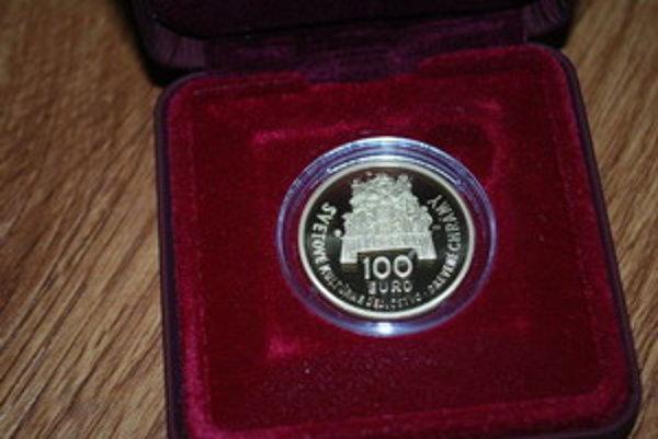 So svojim návrhom zlatej zberateľskej mince uspel rodák z Kopčian Kliment Mitura.