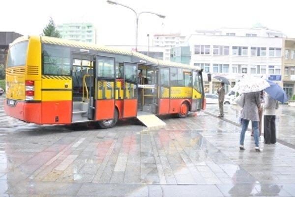 Od minulého roka premávajú po Senici aj nové autobusy.
