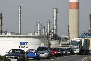 Spojením s MOL by rakúska OMV získala kontrolu nad všetkými tromi významnými rafinériami v strednej Európe.