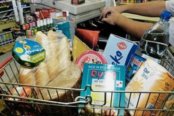 Niekoré sociálne slabšie rodiny dostanú potravinové balíčky.