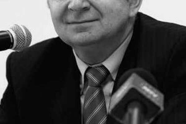 Peter Mečiar.