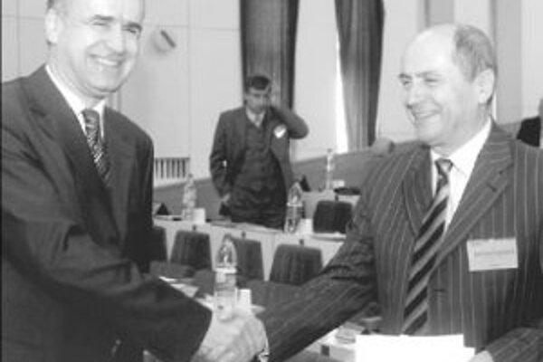 Vladimír Palko (vľavo) sa považuje za žiaka Jána Čarnogurského (vpravo) a jeho slová ho veľmi potešili.FOTO ARCHÍV - TASR