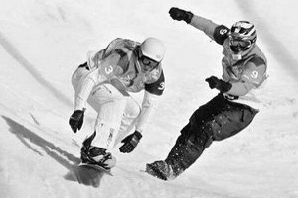 Američan Seth Wescott (vľavo) bude v Arose obhajovať zlato zo snoubordkrosu. Radoslav Židek, strieborný zo ZOH v Turíne, si verí, sníva o akejkoľvek medaile.