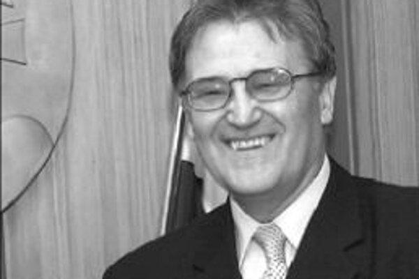 HZDS chce, aby ombudsmanom zostal ich bývalý poslanec Pavol Kandráč (na snímke). Koaliční partneri s tým nemajú problém.