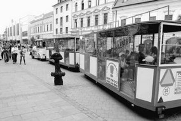 Cestovný ruch je dlhodobo programovým sloganom HZDS. Ambíciu strany získať funkciu šéfa Slovenskej agentúry pre cestovný ruch potvrdil podpredseda HZDS Milan Urbáni.
