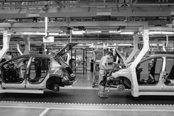 Automobilový priemysel pritiahol vlani opäť najviac investorov. FOTO – Ivan Štulajter