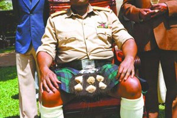 Whitaker urobil maximum, aby sa vžil do úlohy diktátora. Naučil sa aj po svahilsky a hovoril s príbuznými Amina.