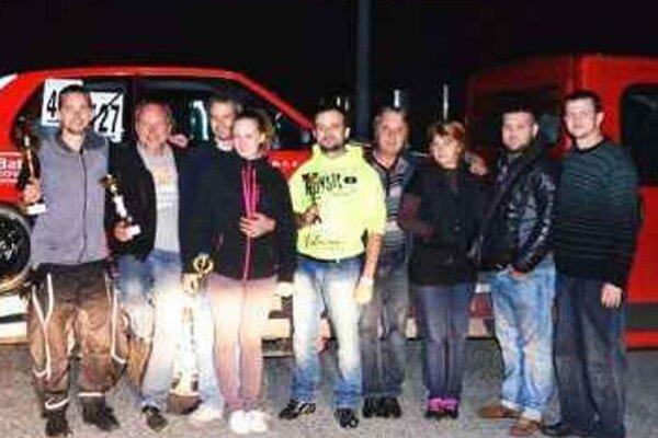 Výprava novozámockých autoslalomárov po pretekoch DRAGRACING KUPA na Hungaroringu.