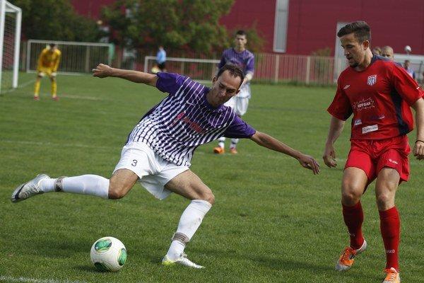 Veľké Lovce v nedeľu vyhrali na ihrisku ČFK Nitra 4:2.