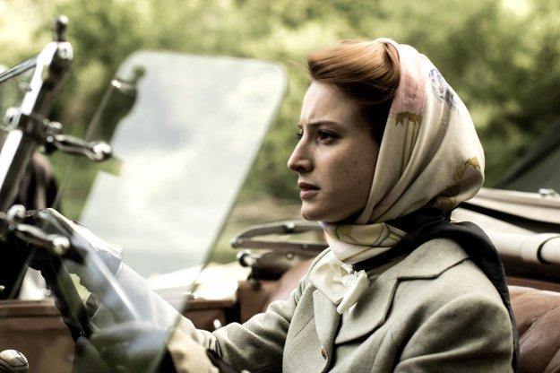 Film Agáva je jej prvým celovečerným filmom.