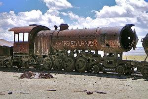 Cintorín vlakov na Salar de Uyuni.
