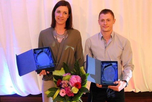 Hádzanári roka: Martina Školková a Ľubomír Ďuriš.