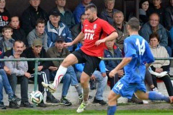 Michal Kačák, ktorý prestúpil zo Štiavničky do Sučian, strelil profi Dubovému jeden gól.