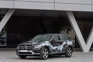 Koncept Mercedes GLC F-Cell plug-in