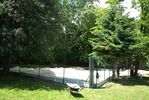 Budúce ihrisko na plážový volejbal.