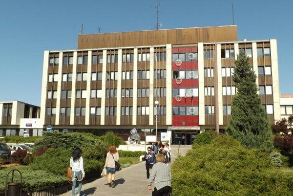 Mestské kultúrne domy a športoviská v Nitre ponúkajú návštevníkom internetové pripojenie zadarmo.