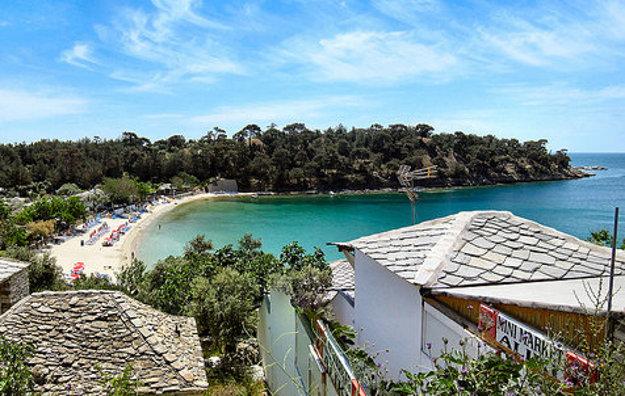Aliki je jedna z najkrajších pláží na Thassose.