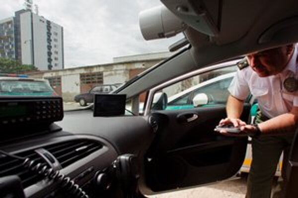 Súčasné kamery majú podľa náčelníka metskej polície vysokú poruchovosť a nie sú schopné zaznamenávať ani nočné videnie.