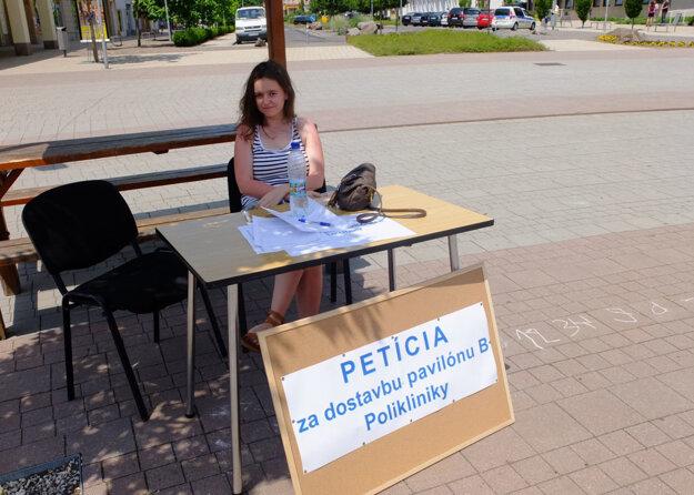 Petíciu možno podpísať v nemocnici, na námestí aj na hlavnej autobusovej stanici.
