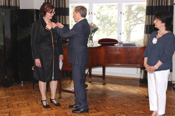 Riaditeľke Divadelnej Nitry rád udelil Didier Lopinot.