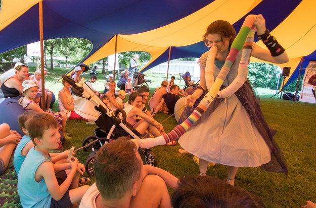 Z programu festivalu nového cirkusu Cirkul'art.