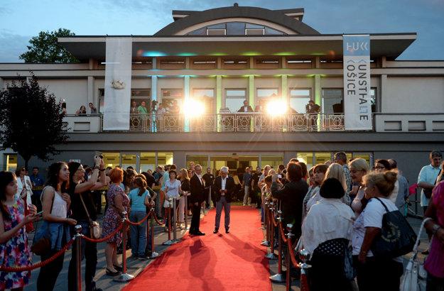 Priestor vhodný na otvorenie festivalu ponúkla Kunsthalle.