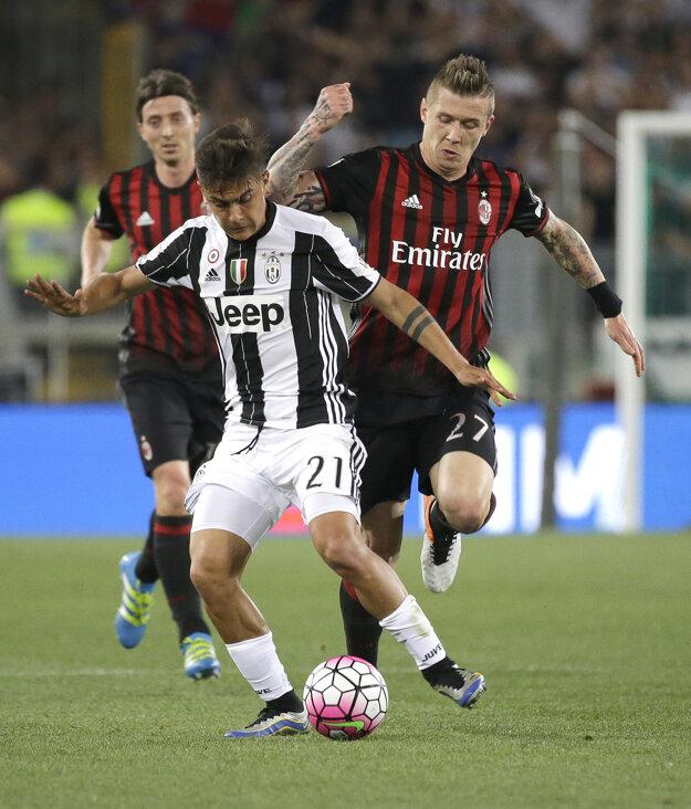 Paulo Dybala (s číslom 21) prejavil záujem zostať v Juventuse Turín.
