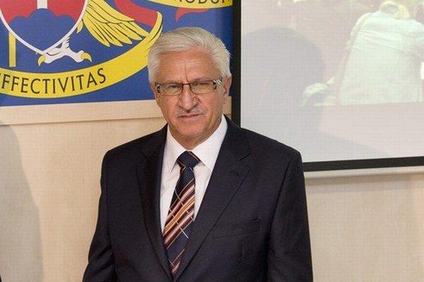 Bývalý minister za HZDS Ján Jasovský pokračuje v kariére.