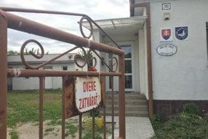 Odsúdený poslanec sa v Brunovciach nevzdal mandátu.