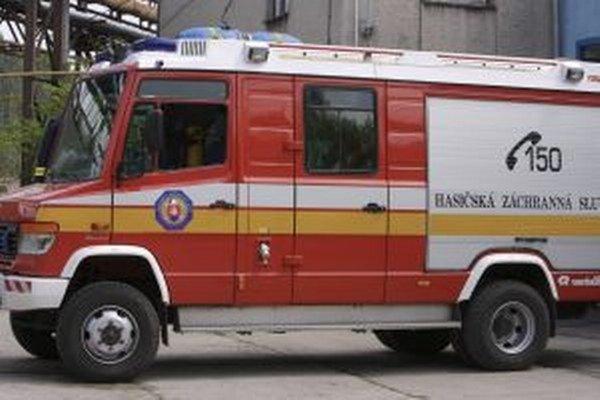 Pri požiari zasahovali hasiči z Čadce.