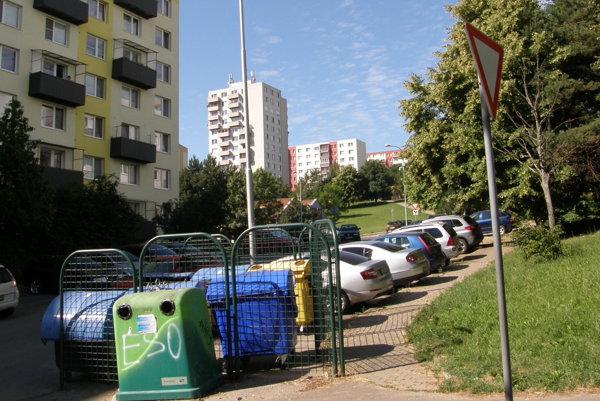 Najhoršia situácia s parkovaním je na sídlisku Klokočina.