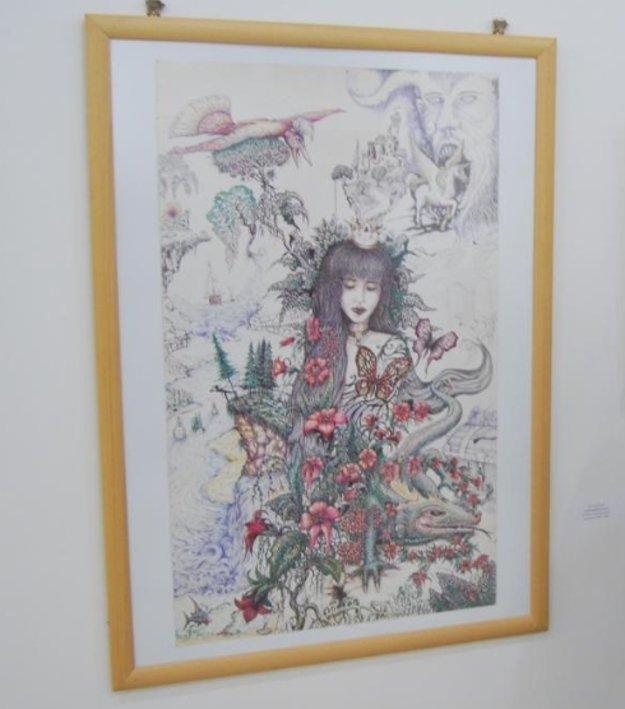 Výstava Jána Machoviča je plná farieb alínií.