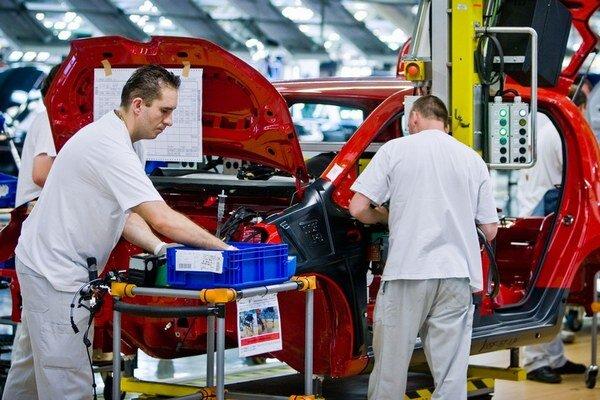 Rast predaja áut v západnej Európe sľubuje viac práce aj na Slovensku.