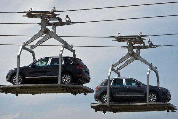 Ak sa podmienky na Slovensku nezmenia, nové automobilky v krajine nemožno očakávať.