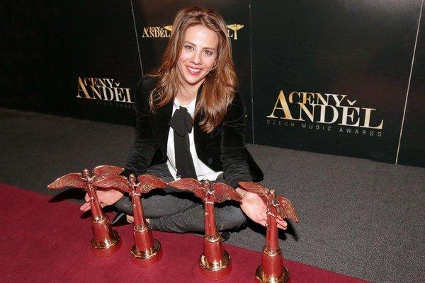 4 ceny Anděl získala tento rok za CD Na Radosti. Speváčkou roka sa podľa tejto ankety stala už po druhý raz.