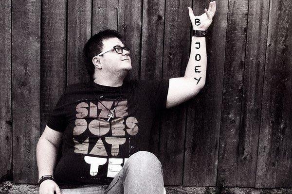B-Joey. Hudobný mierotvorca z Vranova.