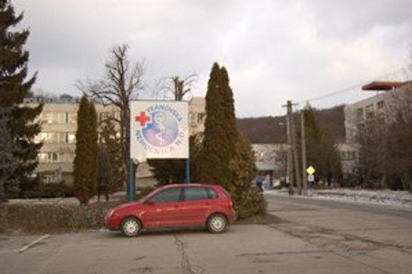 Nemocnica vo Vranove. Prepustili v nej dlhoročného onkológa.