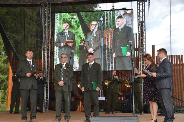 Ocenený Milan Saniga ( v strede)