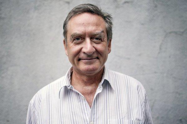 Pavel Malovič je primárom Kliniky telovýchovného lekárstva Univerzitnej nemocnice Bratislava (UNB), v súčasnosti pôsobí aj ako prednosta Ústavu telovýchovného lekárstva UNB. Dlhé roky pôsobil pri futbalových reprezentáciách Slovenska (a Československa), je držiteľom titulu Football Medicine Doctor, udeleného Európskou futbalovou asociáciou.
