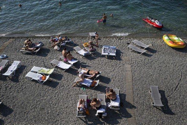 Turistov v obľúbenom letovisku Krym tento rok ubudlo.