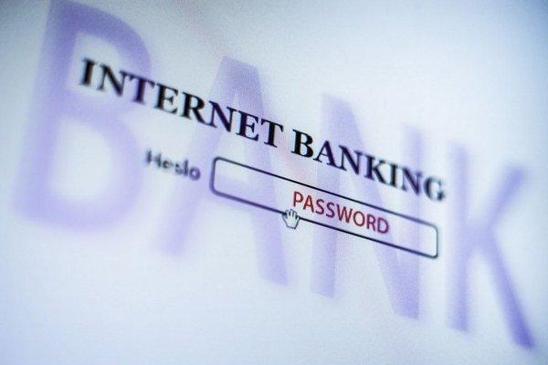 Keby tajná služba vedela odšifrovať spojenie s bankou, prečíta heslo do internetbankingu.