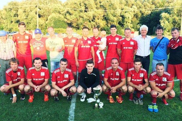Futbalisti Klasova vyhrali turnaj v Hornom Ohaji.