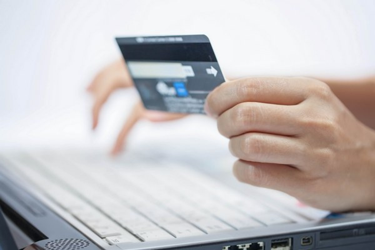 8ecfc379cfe6 Slováci nakupujú cez internet viac