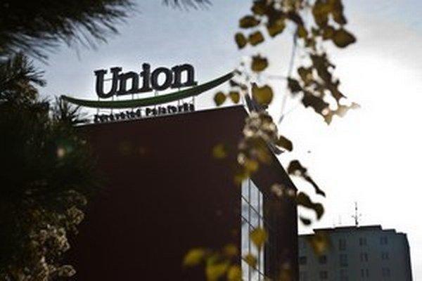 Majiteľ Unionu vláde odkazuje, že tvrdý bude aj k nápadu vyvlastniť poisťovne.