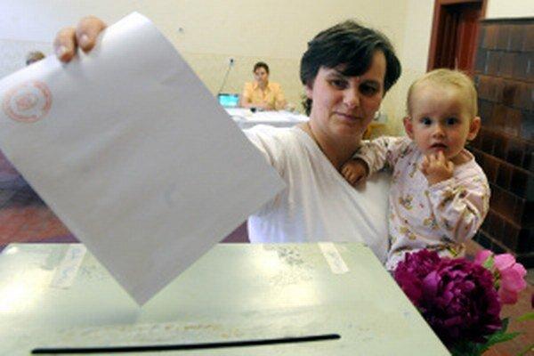Komunálne voľby budú v obciach a mestách 15. novembra od 7. do 20. hodiny.