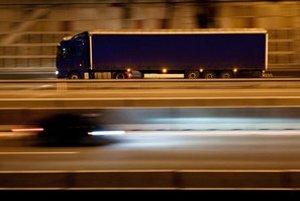 Združenie Česmad tvrdí, že každoročne z trhu vypadne asi desať percent dopravcov.