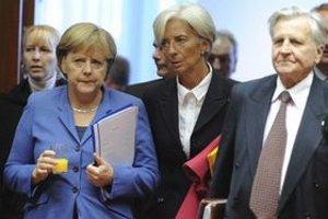 Európski lídri sa dohodli, že sa odpíše časť gréckeho dlhu, posilní sa kapitál bánk a zvýši sa kapacita eurovalu.  Od členských krajín žiadajú, aby netvorili deficity. ⋌FOTO – SITA/AP